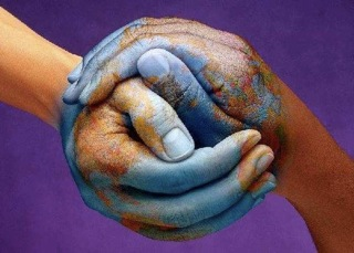 Hand-earth